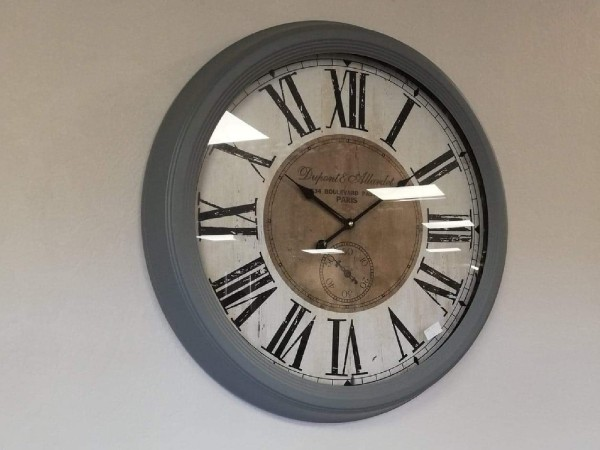 Grey Clock 24″